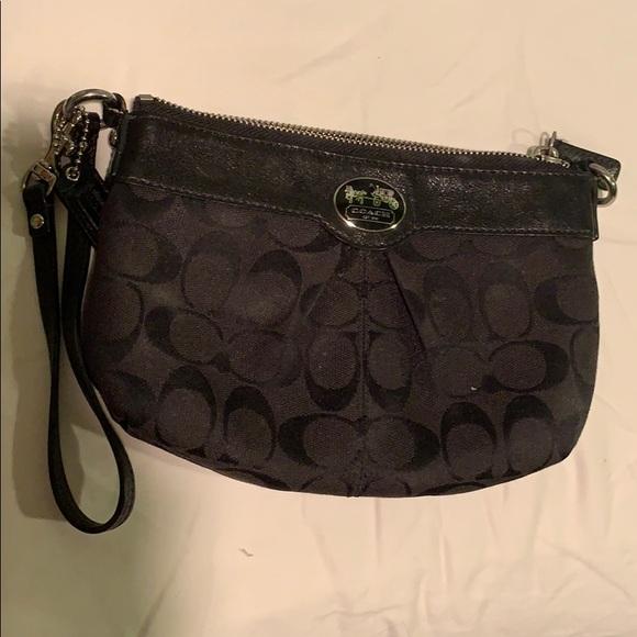 Coach Handbags - Coach clutch!
